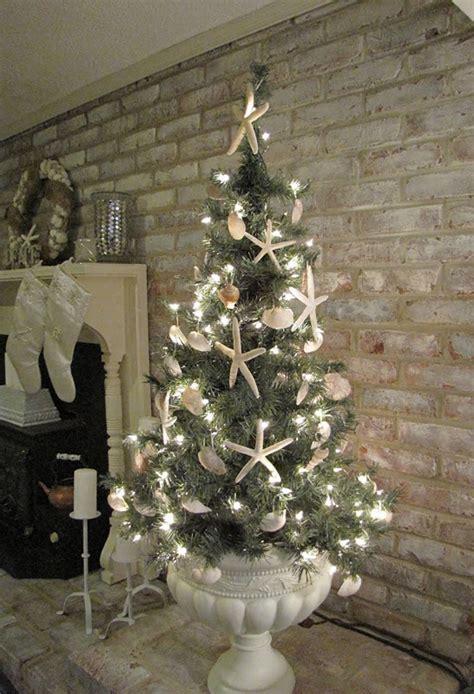 25 Inspiring Beach Christmas Decorations   Home Design And