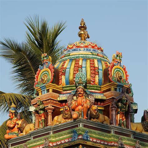 practical information    holidays  mumbai