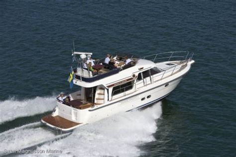 boat store gold coast storebro 435 commander power boats boats online for