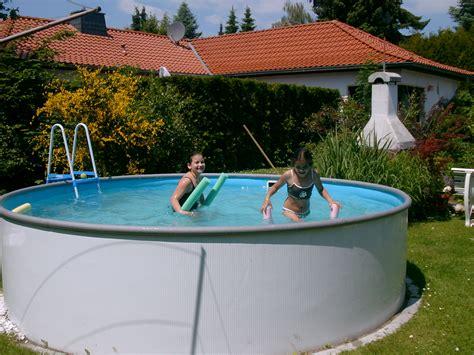 Pool Halb Eingelassen by Up Pool Viel Arbeit Haus Garten Forum