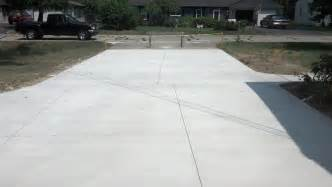 new concrete driveway installation in troy michigan