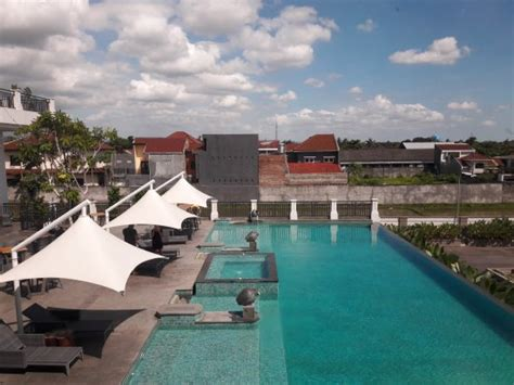 best places to stay in lombok best place to stay picture of golden tulip mataram