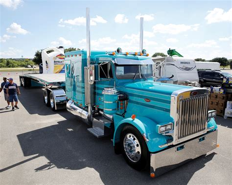 best truck in the 1985 peterbilt 359 wins shell superrigs truck news