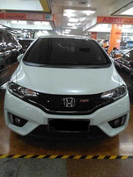 Honda Jazz Rs Matic 2014 Putih honda jazz rs 2014 putih mobilbekas