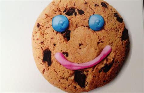 smile cookies make everyone smile swiftcurrentonline