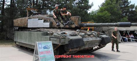 challenger tank 2 challenger 2 megatron fighting vehicles