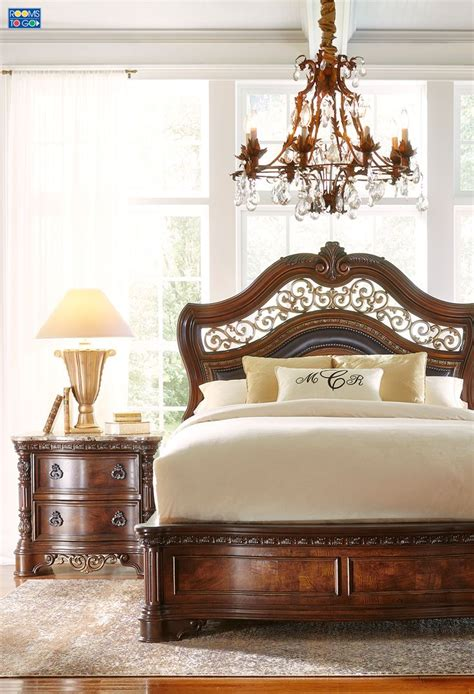 handly manor pecan 5 pc king panel bedroom bedroom sets traditionally styled the handly manor collection offers
