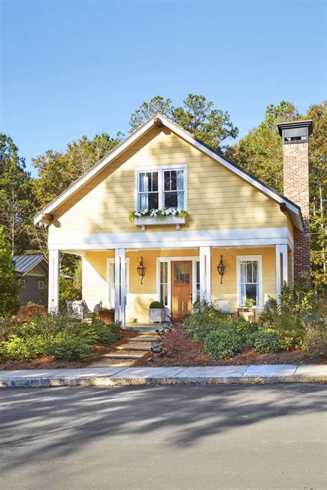 exterior house paint colors yellow 821 best home yellow images on home ideas