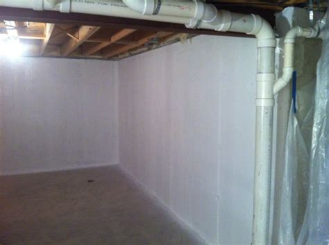 basement waterproofing paint does it stop leaks on