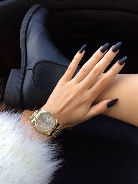 matt schwarz nagellack stiletto nailart f 252 r eine elegante und feminine ausstrahlung