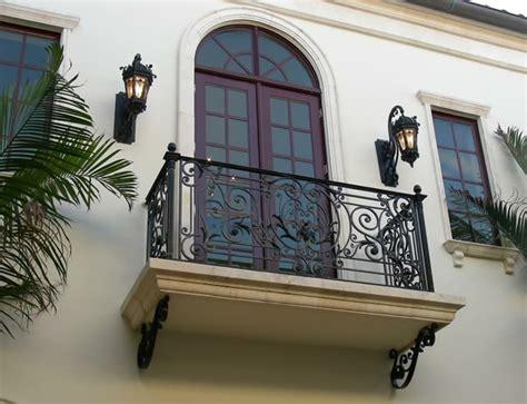 wie hoch muss ein geländer sein gel 228 nder f 252 r balkon tolle vorschl 228 ge archzine net