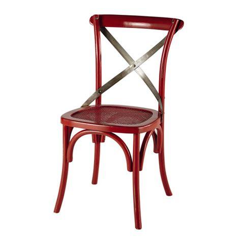 silla roja silla roja de mimbre y metal tradition maisons du monde