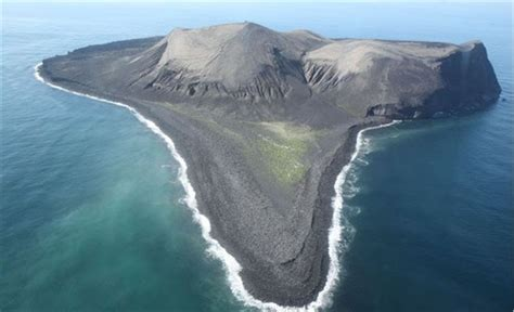 on surtsey iceland s upstart island scientists in the field series books surtsey drilling services scientific drilling