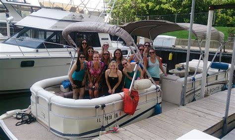 chicago boat rental groupon rent chicago boats in chicago il groupon