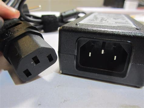 alimentatore monitor eu mains 14v 3a samsung ac dc adapter power supply
