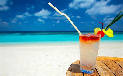 cocktail drinks on the beach desire more beach time outsource volo