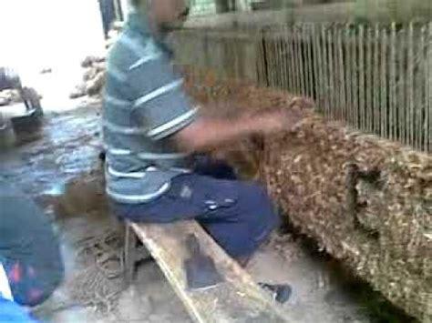 Sabut Kelapa By San House membuat keset dengan kain perca limbah penjahit pkbm sa
