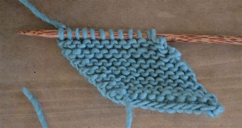 what is garter stitch in knitting terms how to knit a bias garter stitch square