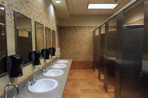 clean up bathroom commercial restroom cleaning services bearcom building services