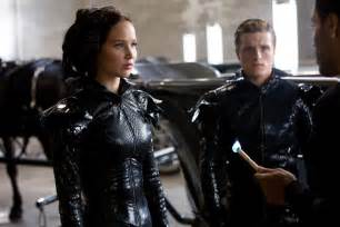jan wahl movie review the hunger games 171 cbs san francisco