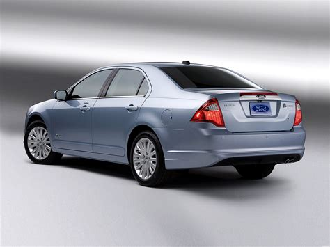 2012 ford fusion 2012 ford fusion hybrid price photos reviews features