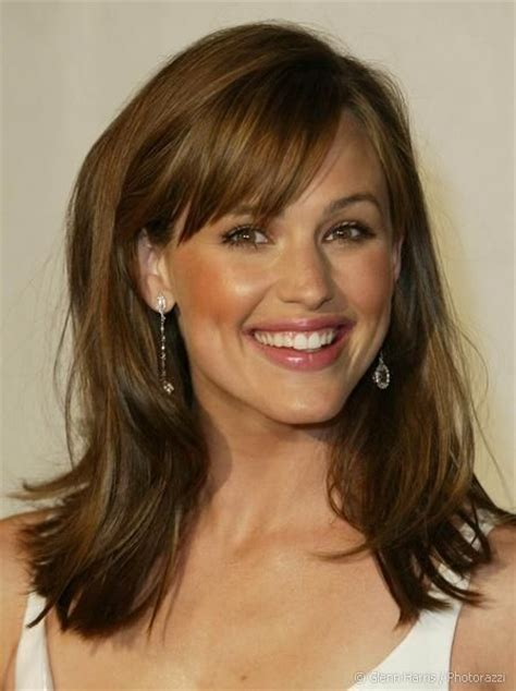 Medium Hairstyles For Hair With Bangs by 12 Fabulous Medium Hairstyles With Bangs Pretty Designs