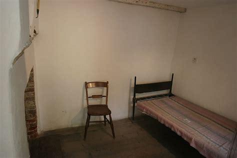 six in bedroom six poor travelers bedroom photo picture image