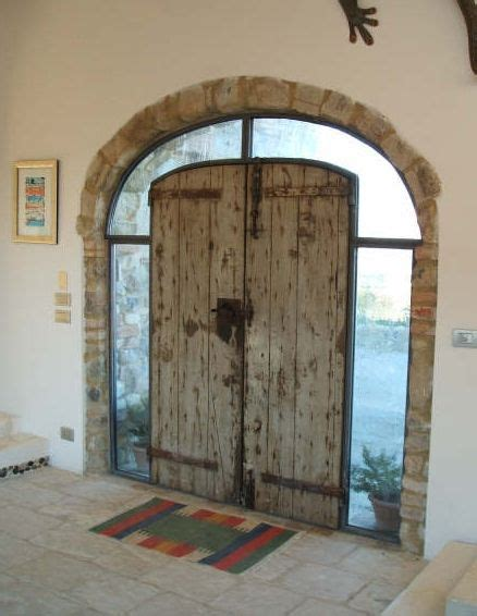 sognare rubano in casa 17 migliori idee su porte in ferro battuto su
