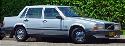volvo 740 sedan file 1985 1989 volvo 740 gl sedan 2011 01 12 jpg