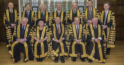corte suprema europea brexit la corte suprema d 224 torto a may voti il