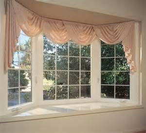 Bow Window Curtain Ideas 25 Best Ideas About Bow Window Curtains On Pinterest