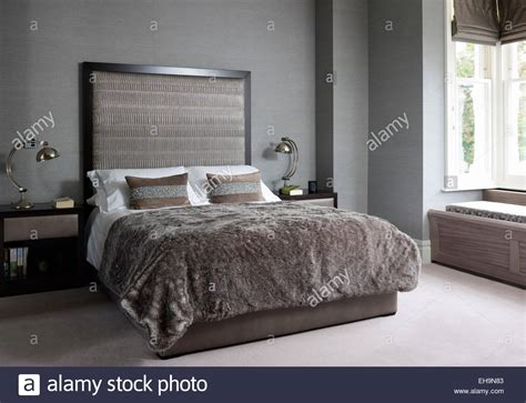 Oversized Headboard Bed With Matching Side Tables And Ls With