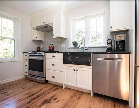 maple creek kitchen cabinets cabin remodeling kitchen remodel kalispell mt maple