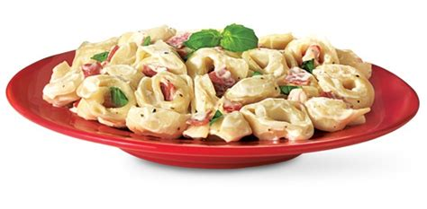 Fall Favorite Fettuccini Alfredo Como Living Magazine 17 Best Images About International Fare On Gnocchi Pork And Taquitos