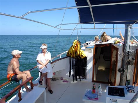 buccaneer catamaran grand cayman reviews grand cayman stingray city buccaneer catamaran excursion