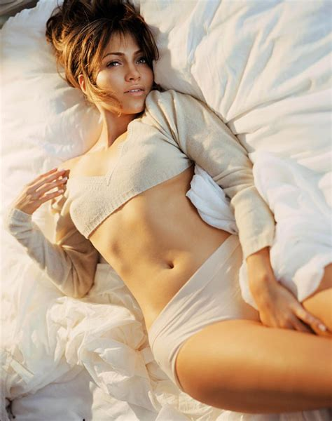 adults in bed hot world top celebrities hot sexy photos of jennifer lopez