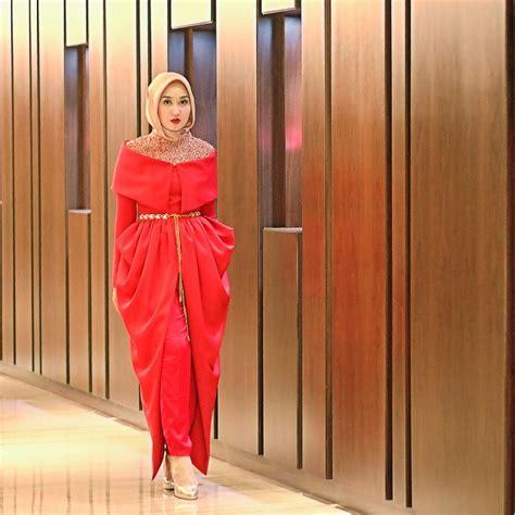 desain baju bridesmaid стрит стайл мусульманских женщин от dian pelangi