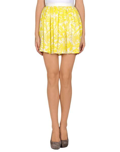 american vintage mini skirt in yellow lyst