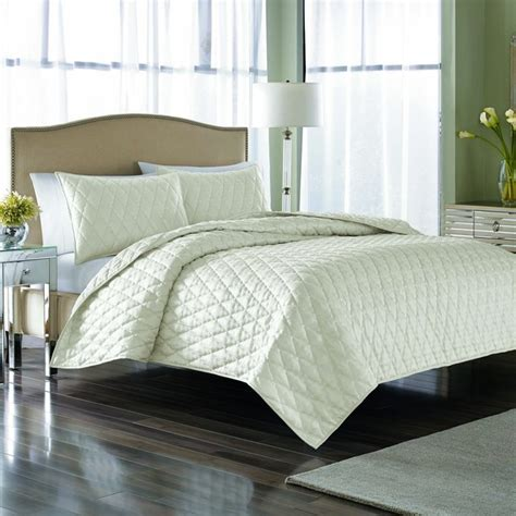 nicole miller home bedding nicole miller serenity pearl 3 piece quilt set