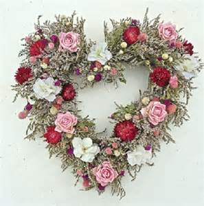 Valentine s day wreaths a gift of lasting love
