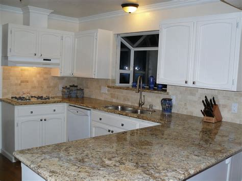 Kitchen Cabinets And Countertops Ideas by Kitchen Backsplash Ideas White Cabinets Brown Countertop