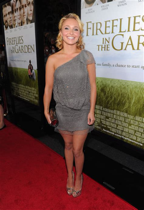 Hayden Panettieres Abs Dress At The Los Angeles Kodak Theatre Ratatouille Premiere by Hayden Panettiere One Shoulder Dress Hayden Panettiere