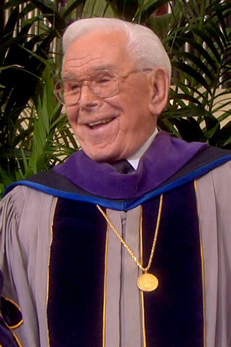 Roberto H robert schuller dead televangelist in southern california