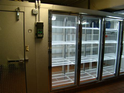 Dsc09709 Mcdonald Refrigeration Inc Walk In Cooler Glass Doors