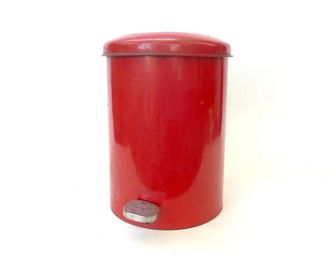red bathroom trash can small bathroom trash can with lid vintage red metal trash cans and recycling bins