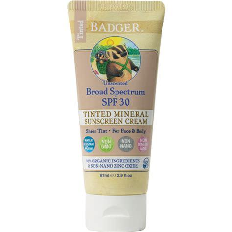 Badger Zinc Oxide Tinted Sunscreen Sz tinted unscented sunscreen spf30 badger balm
