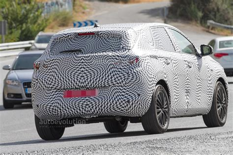 peugeot makes spyshots 2018 peugeot 2008 spy photo debut or opel c suv