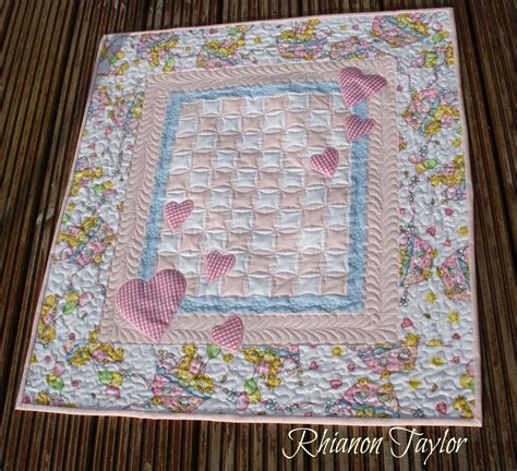 Images Baby Quilts by The Nifty Stitcher Hearts Baby Quilt Tutorial