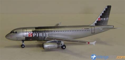 spirit airlines help desk gemini jets 1 400 spirit airlines a319 132 wings900 id