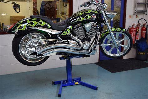 motocross bike lift harley davidson lift motorcycle lift stand eazyrizer